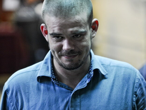 Dutch national Joran Van der Sloot as he arrived for a court hearing earlier today (Jan. 11, 2012) at the Lurigancho prison in Lima.