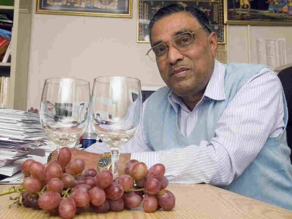 Dipak Das, seen in 2006, at his office at the UConn Health Center in Farmington, Conn. The researcher is known for his work on red wine's benefits to cardiovascular health.