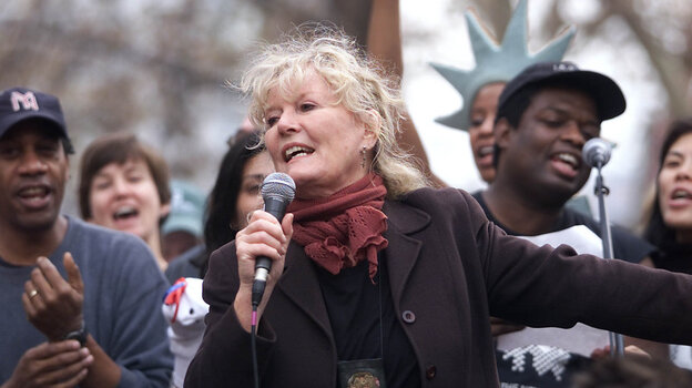 """In Nov. 2001, Petula Clark took to Washington Square Park with performers from downtown theater and dance companies, singing her iconic """"Downtown"""" to kick off an effort to energize lower Manhattan in the wake of the Sept. 11 attacks. Clark will play her first New York cabaret engagement in decades starting Jan. 24 at Feinstein's."""