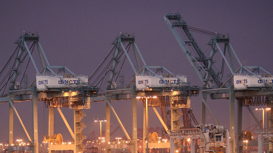 Trucks at the Ports of Los Angeles and Long Beach often idle while they wait to be loaded and unloaded, adding to the pollution.