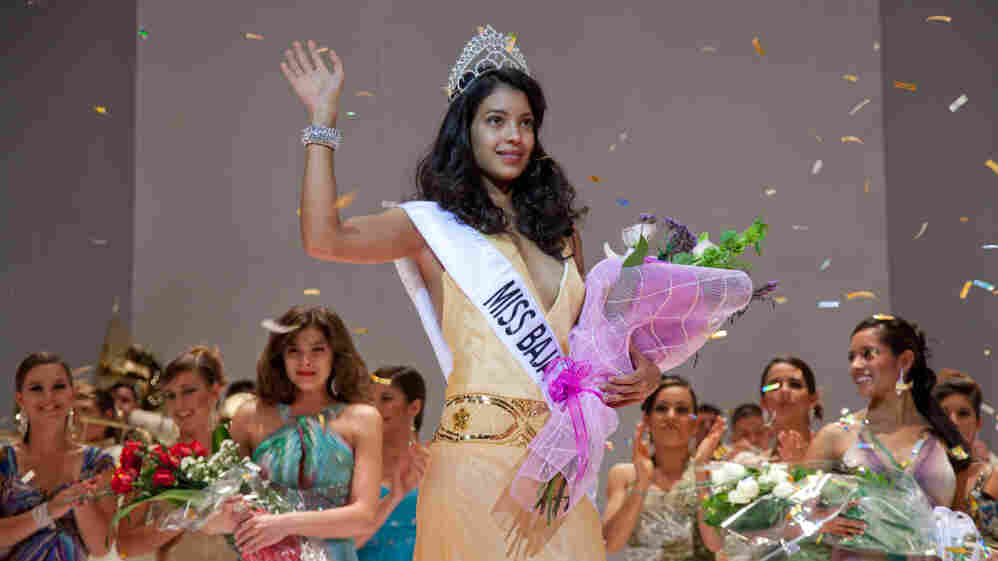 Stephanie Sigman plays Laura, a beauty queen drawn unwillingly into a Mexican drug gang, in the film Miss Bala.