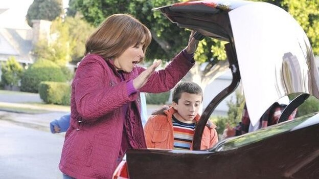 Patricia Heaton plays Frankie, who cannot believe how much the trunk of the Passat can hold!