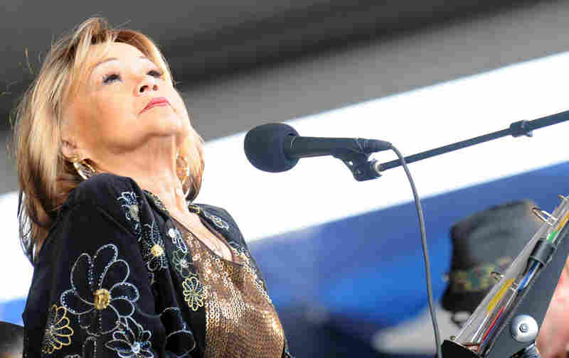 Etta James performs at the 2009 New Orleans Jazz & Heritage Festival at the Fair Grounds Race Course on April 26, 2009 in New Orleans, Louisiana.