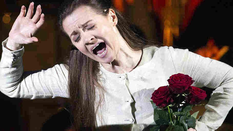 Soprano Patricia Ciofi sings an aria from Verdi's Rigoletto.