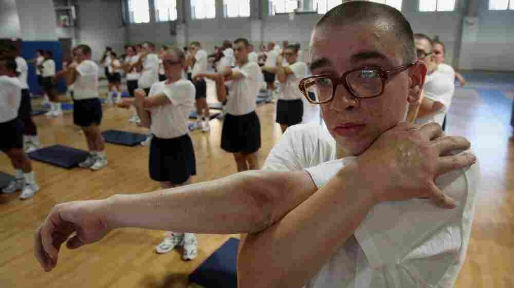 Since 1990, glasses-wearing Navy recruits have been required to wear their standard-issue S9 eyeglasses through training.