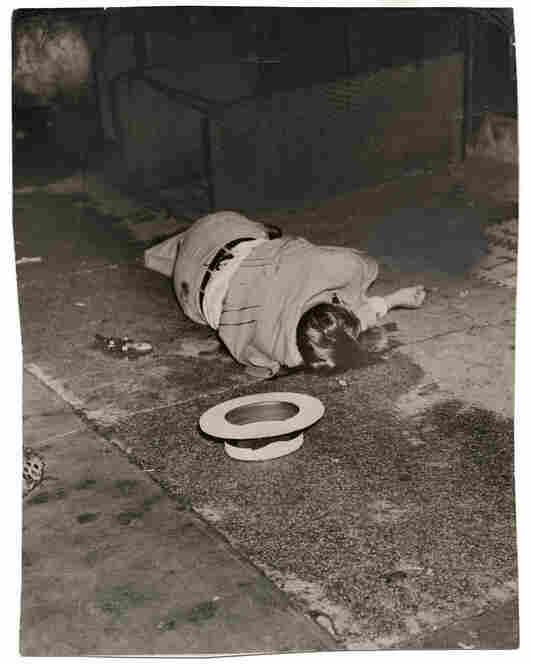 [Body of Dominick Didato, Elizabeth Street, New York], Aug. 7, 1936