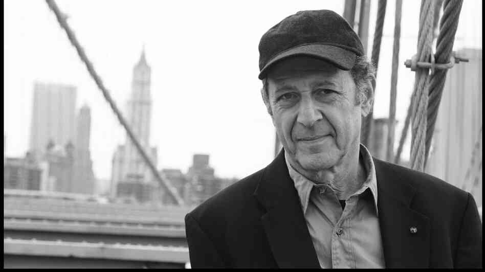 Composer Steve Reich's Music for Mallet Instruments, Voices and Organ has a percussive motor that never stops.
