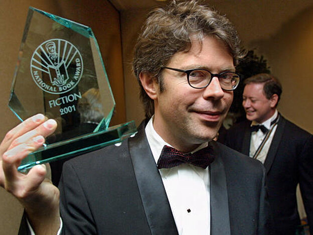 Jonathan Franzen brandishing his National Book Award for The Corrections.