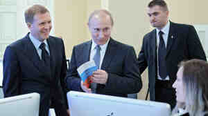 With the Russian presidential election set for next month, the heavily favored candidate, Prime Minister Vladimir Putin, visited the election center last week as it prepared for the polls.