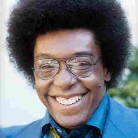 'Soul Train' Creator Don Cornelius Dies At 75