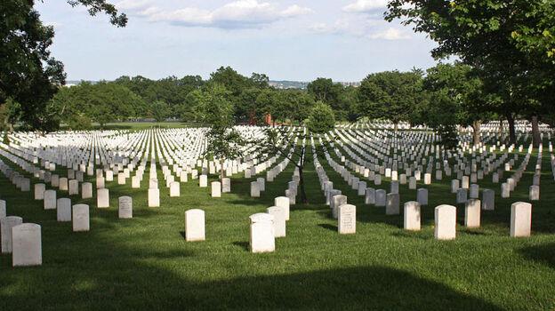 Arlington National Cemetery. (Wikimedia Commons)