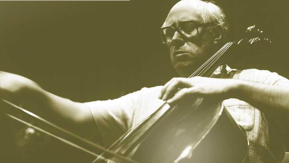 Master Cellist Plays Dvorak's Classic Concerto