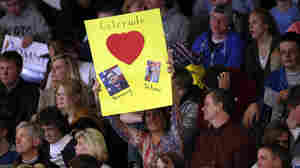 After Glum Night, Romney May Find Signs Of Hope In Colorado Swing County
