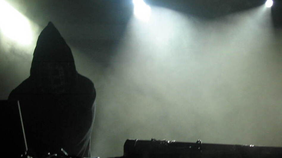 Tim Hecker. ( )