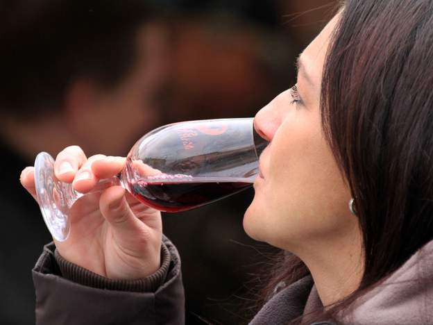 Can we really taste the difference, or is it all just down to context? (AFP/Getty Images)