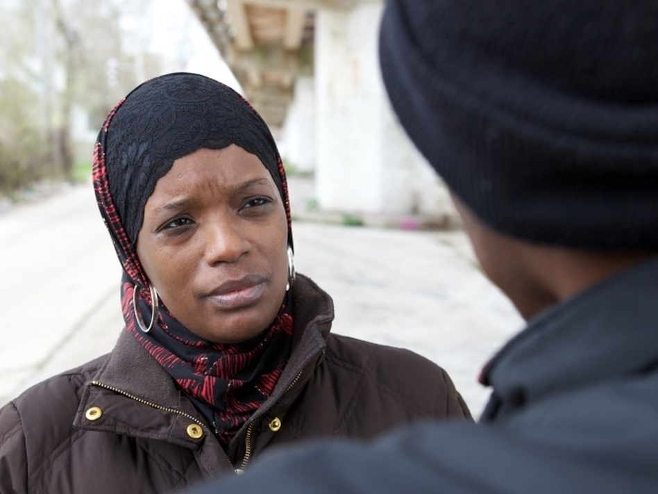 ceasefire gang violence 29102009  the bloodshed in some of the windy city's toughest neighborhoods declined substantially with the advent of the ceasefire violence reduction program.