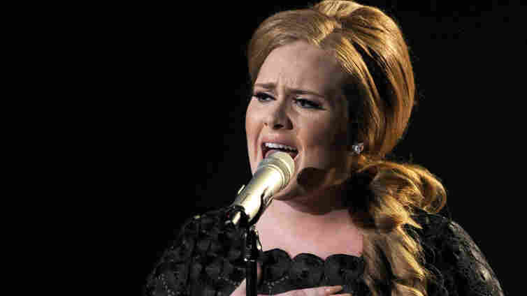 Singer Adele performs onstage during the 2011 MTV Video Music Awards on August 28, 2011.
