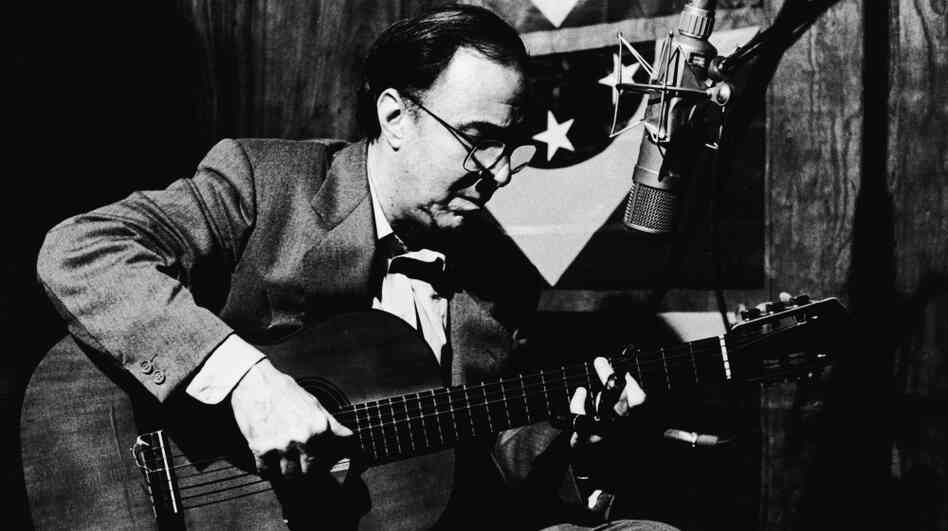 Joao Gilberto was one of the key bossa nova pioneers.
