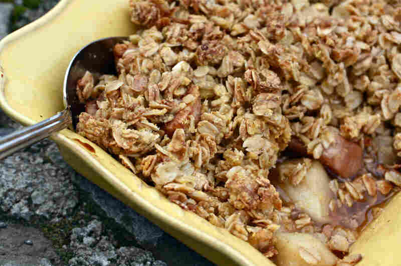 Pear-Apple Crisp
