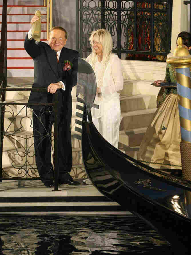 Sheldon and Miriam Adelson inaugurate a gondola during the opening ceremony at the Venetian resort hotel in Macau in August 2007.