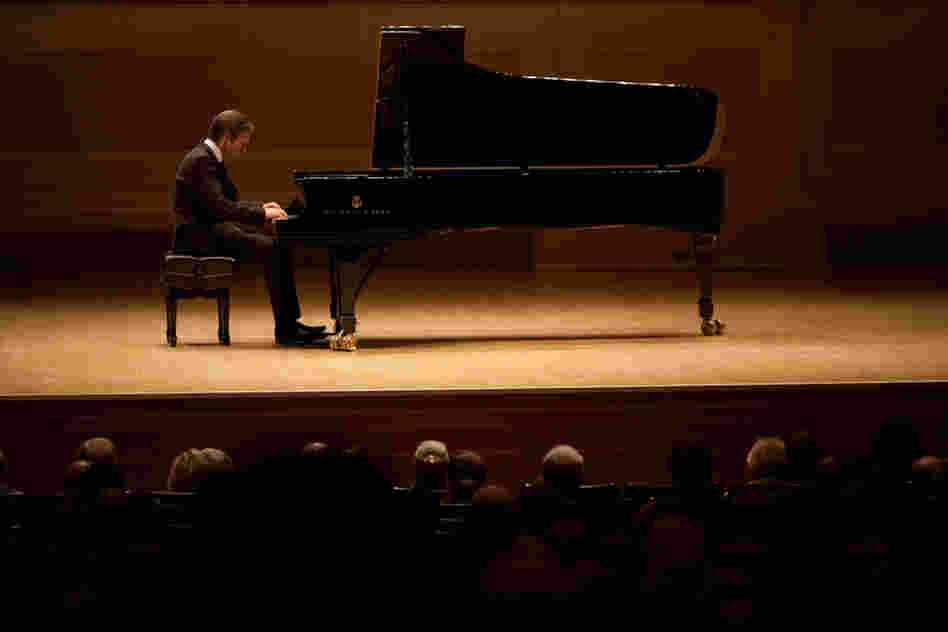 Andsnes has been known to helicopter a grand piano up to  the precipice of a Norwegian mountain to play Grieg. For this concert, he merely  picked out a nice sounding New York Steinway and had it delivered to Carnegie  Hall.