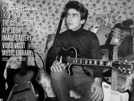 Un giovane George Harrison e le sue molte chitarre.