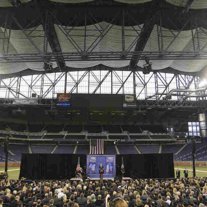 Romney's Big-Stadium Speech Makes Some Ask: Why Union-Bash In Detroit?