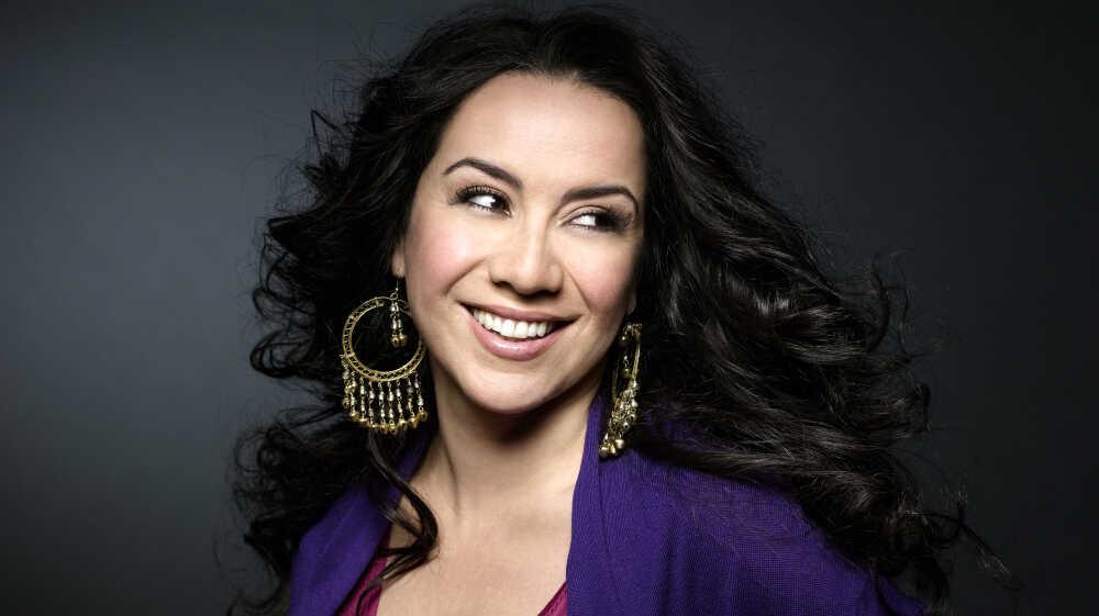Latina Jazz: Spanish-Speaking Vocalists