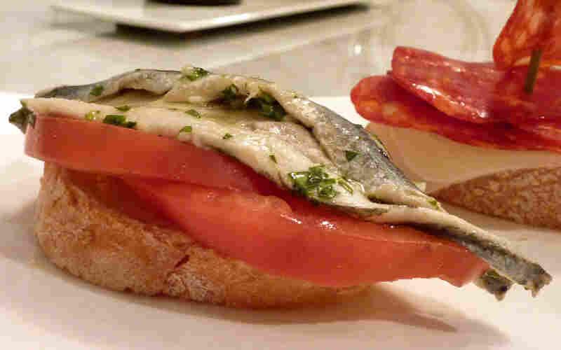 Pintxo De Boquerones Y Tomate (Anchovies And Tomato)