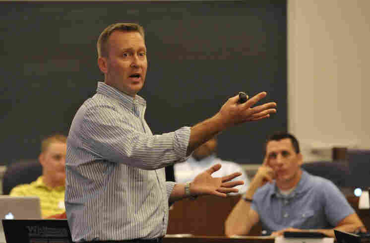 Mike Haynie, founder of the Entrepreneurship Bootcamp for Veterans, teaches at EBV-Syracuse last year.