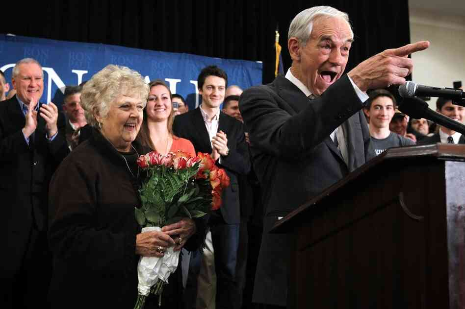Ron Paul drew large crowds in Springfield, Va., while finishing third and fourth in Michigan and Arizona. Virginia's primary is March 6.