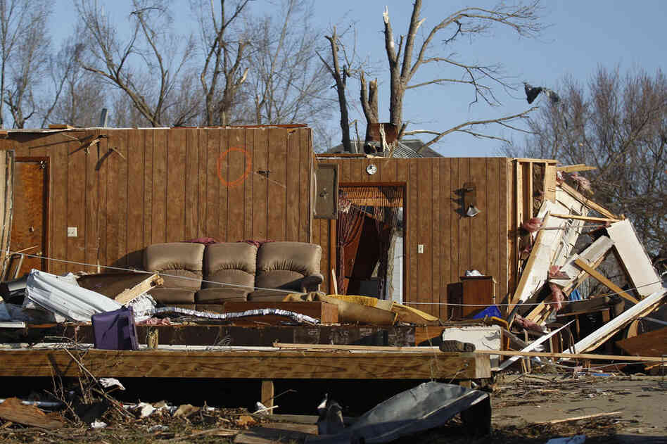 The storms left much of the small eastern Kansas town in rubble.