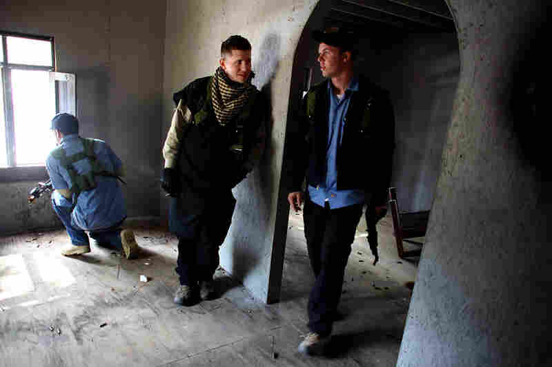 The Afghan policemen successfully secure the mosque.