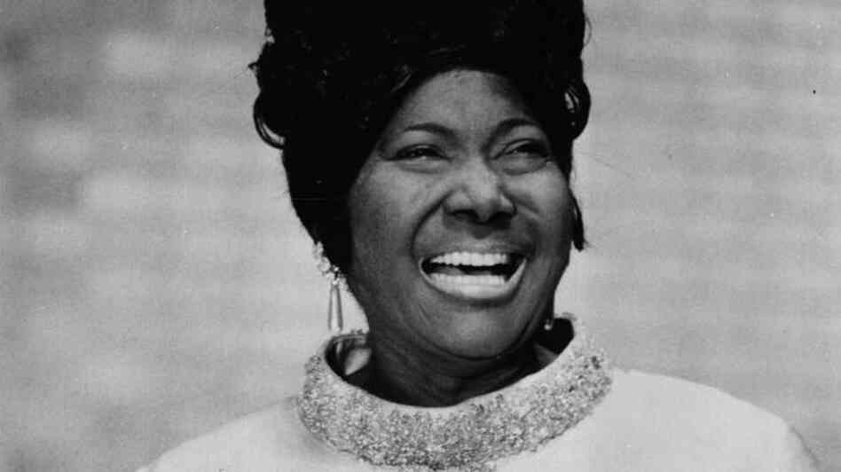 American gospel singer Mahalia Jackson singing at the Imperial Palace at Tokyo.