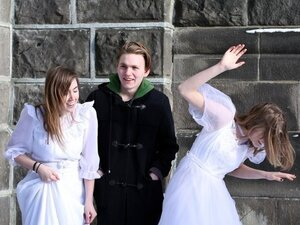 """""""Viltu Vitrast"""" is an alluring bit of Icelandic pop from a band whose oldest member is still 18."""