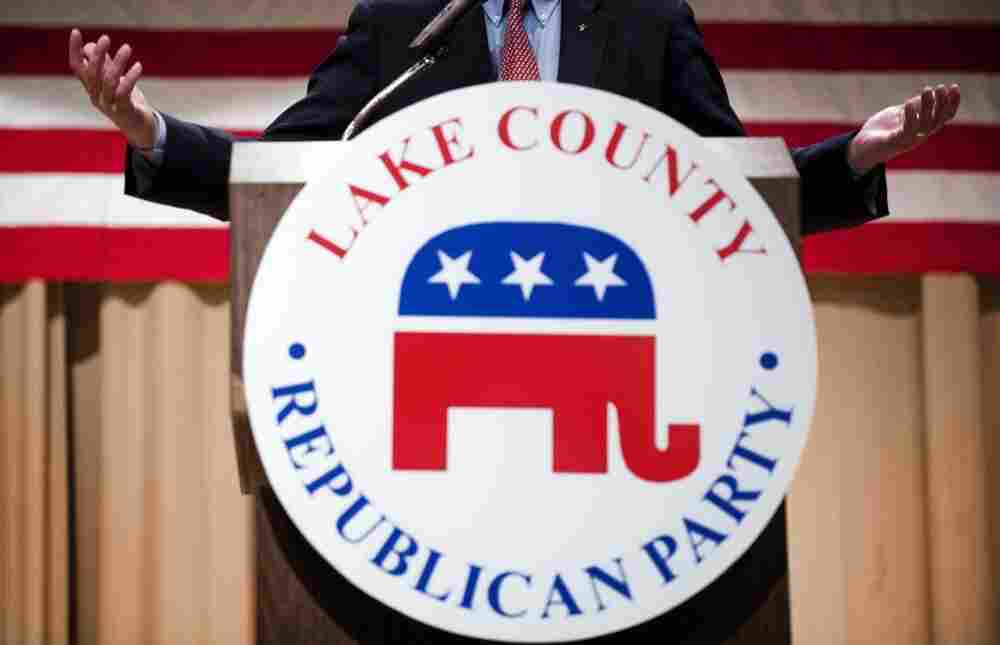 Republican presidential candidate, former US Senator Rick Santorum speaks to the Lake County Republican Party during their Lincoln Day dinner in Willoughby, Ohio on Friday.