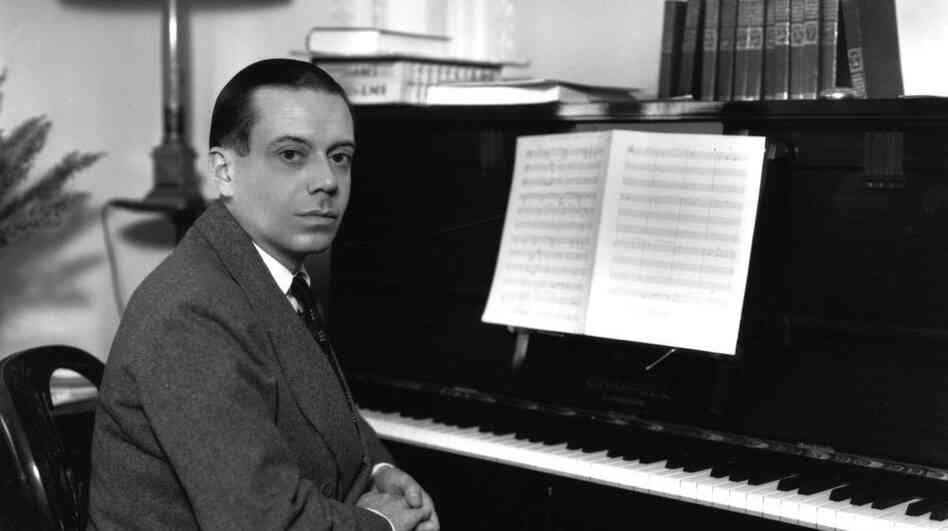 Cole Porter at the piano.