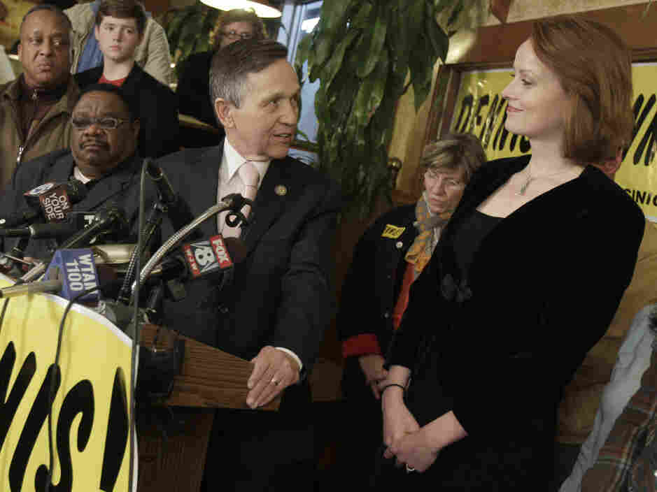 Rep. Dennis Kucinich thanks his wife, Elizabeth, during his concession speech, in Cleveland on Tuesday.