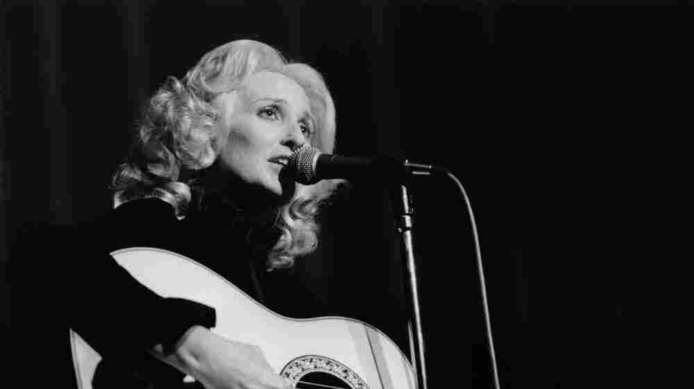 Tammy WYNETTE at the Country Music Festival.