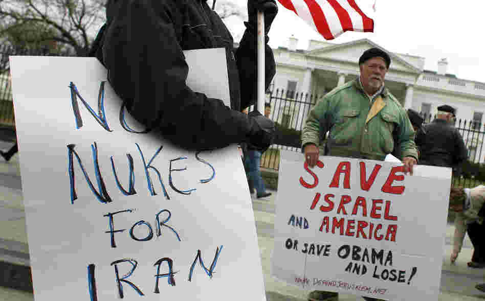 Bob Kunst (right) protests against a nuclear Iran in front of the White House on Monday.