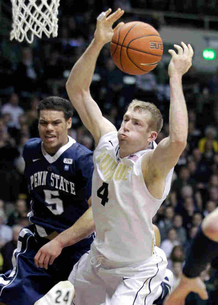 In the closing minutes of a game last month, Purdue University's Robbie Hummel was fouled by Penn State's Matt Glover. College basketball needs to find ways to make its games' final moments more exciting, says Frank Deford.