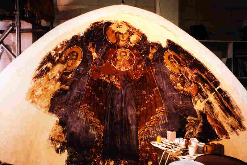 The Menil Foundation funded a careful three-year restoration of the paintings. The reassembled fragments of the apse were painted to restore the losses created by the saw cuts in 1987.