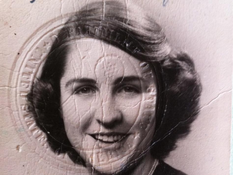 Betty Werther (then Elizabeth Hatfield) in the lost passport.  (Betty Werther)
