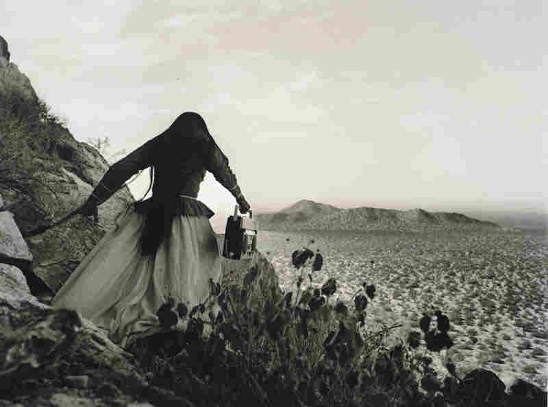 Mujer angel, Desierto de Sonora, Mexico (Angel Woman, Sonora Desert, Mexico), 1979