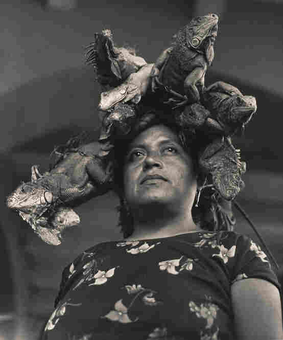 La Nuestra Senora de la Iguanas, Juchitan, Oaxaca, Mexico (Our Lady of the Iguanas, Juchitan, Oaxaca, Mexico), 1979