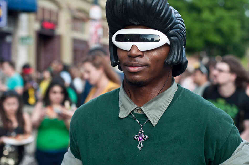 Since Star Trek: The Next Generation's cancellation, Lt. Geordi La Forge has fallen on hard times.