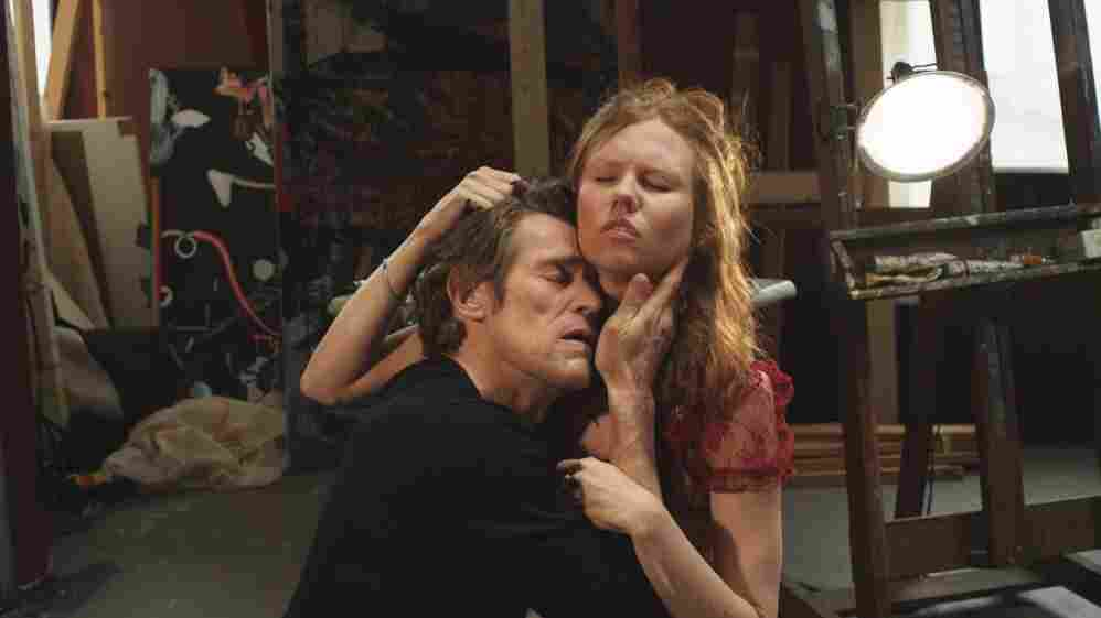 Cisco (Willem Dafoe) awaits the end of the world with his girlfriend, Skye (Shanyn Leigh), in an Upper East Side loft, passing the time bickering, making love and Skyping.