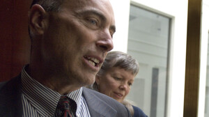 Steven Howards with his wife, Deborah Andrews, and son, Koby Howards, at his attorney's office in Denver on Oct. 3, 2006. Howards asserts he was wrongfully arrested without cause after expressing a negative opinion to Vice President Dick Cheney in 2006.
