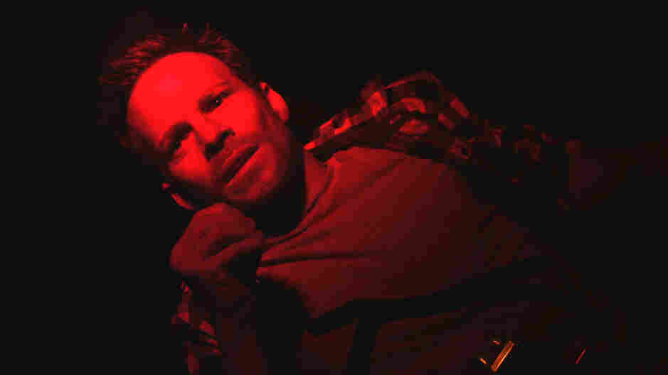 No Room To Panic: Stephen Dorff (Somewhere) plays a Secret Service agent who wakes up in a dark, confined space — which he soon realizes is the trunk of a moving car.