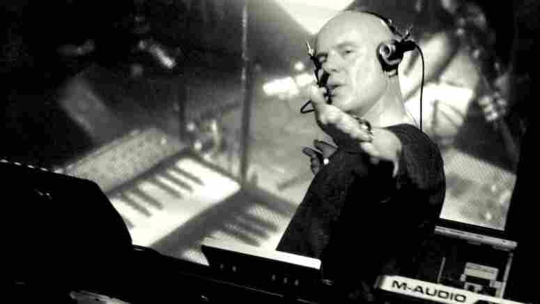 Thomas Dolby In Concert